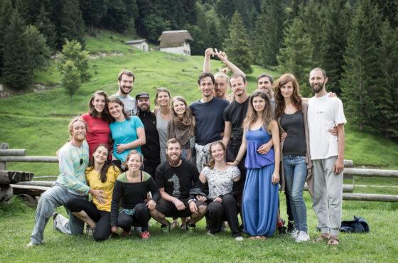 Embodied community – Erasmus+ training course a Valpore