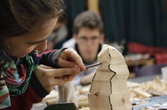 Laboratorio intensivo di scultura del legno