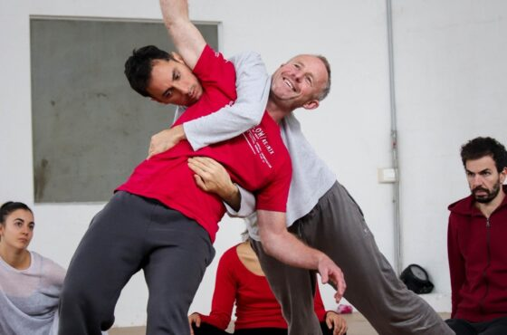 Moving with… workshop con Charlie Morrissey